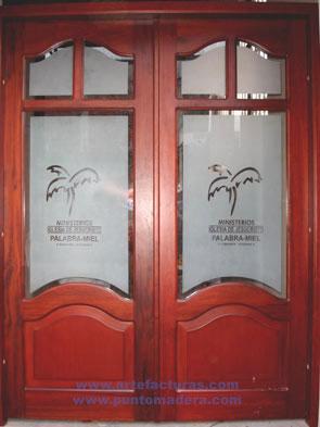 Artefacturas puertas en madera solida for Puertas vaiven de madera